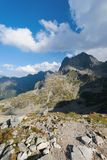 Pico de Mnich no Tatra alto perto de Morskie Oko Imagens de Stock Royalty Free