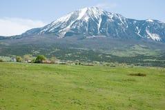 Pico de montaña Imágenes de archivo libres de regalías