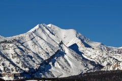 Pico de montaña de Doubletop en la gama de Gros Ventre en Rocky Mountains central en Wyoming Imagen de archivo