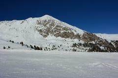 Pico de montanha do inverno Foto de Stock Royalty Free