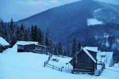 Pico de montanha nevado na manhã Imagens de Stock Royalty Free