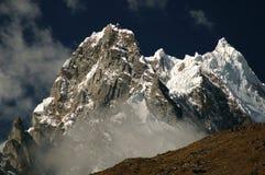 Pico de Salkantay de Perú Fotos de archivo