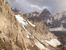 Pico de Svarog, pared de Ashat Foto de archivo