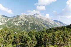 Pico de Vihren en la montaña de Pirin, Bulgaria Imagen de archivo