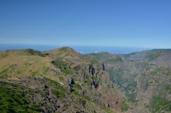 Pico do Arieiro και Pico Ruivo αιχμές, Μαδέρα Στοκ φωτογραφία με δικαίωμα ελεύθερης χρήσης