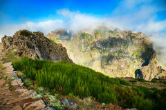 Pico do Arieiro με τα ελαφριά σύννεφα Στοκ φωτογραφία με δικαίωμα ελεύθερης χρήσης