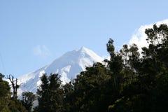Pico do Mt Taranaki Imagens de Stock Royalty Free