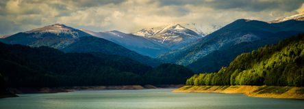 Pico en las montañas de Fagaras, Rumania de Negoiu fotos de archivo libres de regalías