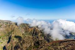 Pico font la vue d'Arieiro, Madère Image stock