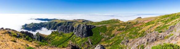 Pico gör den Arieiro panoramautsikten, madeira hög bildupplösning för illustration 3d Royaltyfri Fotografi