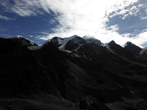 Pico Himalayan en una mañana en monzón Fotos de archivo libres de regalías