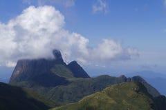 Pico Parana berg nära Curitiba - Serra gör Ibitiraquire arkivfoto