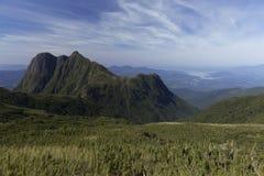 Pico Parana góra blisko Curitiba - Serra robi Ibitiraquire obraz stock
