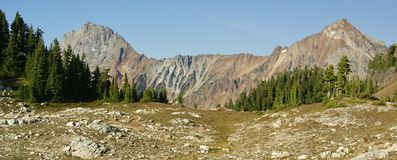 Pico y Mt. Larabee de la frontera Foto de archivo libre de regalías