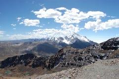 Picos coronados de nieve Fotografía de archivo