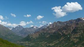 Picos de la montaña de Alaska fotos de archivo