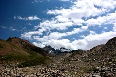 Picos de Mayakovskiy e de Orjonikidze Foto de Stock
