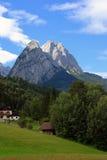 Picos de montaña Foto de archivo libre de regalías