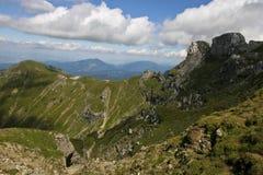 Picos de montaña Fotos de archivo