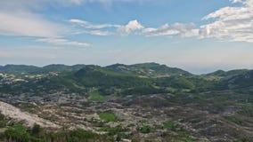 Picos de montaña de una altura almacen de video