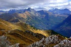 Picos de montanha vermelhos, montanhas de Tatras no Polônia Imagem de Stock Royalty Free