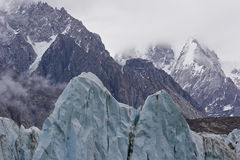 Picos do gelo fotografia de stock royalty free