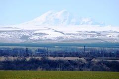 Picos Elbrus Imagenes de archivo