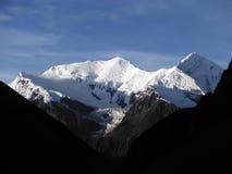 Picos Himalayan blancos en la región de Annapurna Foto de archivo libre de regalías