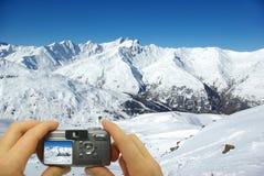 Picos nevado do montagem da foto Foto de Stock Royalty Free