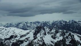 Picos para arriba en el norte ártico almacen de metraje de vídeo