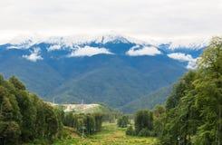 Picos Snow-capped Imagens de Stock Royalty Free