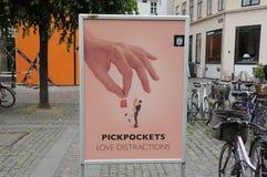 PICPOCKETS-LIEBES-ABLENKUNGEN Stockbild