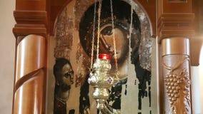 Pictogram van Mary, moeder van Jesus op houten iconostasis stock video