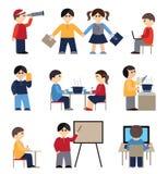 Pictogrammen met mensen en studenten worden geplaatst die Royalty-vrije Stock Afbeelding