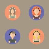Pictogrammen van mensen die hoofdtelefoons dragen Stock Foto