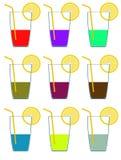 Pictogrammen van verschillende kleurenglazen van alcohol en citroen rooster Royalty-vrije Stock Foto's
