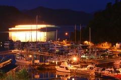 Picton nachts lizenzfreie stockfotografie