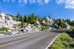 The pictorial road in the Golden Gate Area, Yellowstone National Park, Wyoming Royalty Free Stock Photos