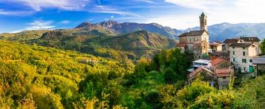 Pictorial small village in mountains - Castelcanafurone, Emilia- Stock Photos