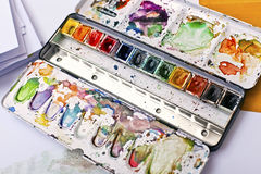 Picture of messy and used paintbox Royalty Free Stock Photos