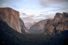 Clear skies above Yosemite national park. This picture shows an evening in Yosemite National Park taken from Tunnel View royalty free stock photos