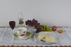 The picture of the table of foods and a tea cup stock photography