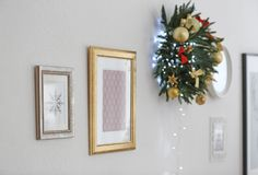 Pictures and beautiful Christmas wreath hanging Stock Images