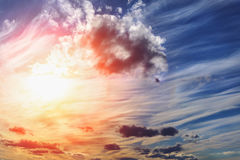 Free Picturesque Beautiful Sunset With Dramatic Sky Stock Image - 92458411