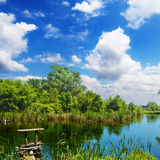 Picturesque countryside river Royalty Free Stock Photos