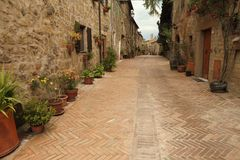 Picturesque italian alley Royalty Free Stock Photos