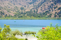 Picturesque Lake Kournas in Crete Royalty Free Stock Photos