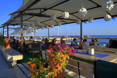 Picturesque seaside restaurant Royalty Free Stock Photos