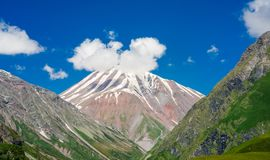 Free Picturesque View Of Mount Kazbek In The Caucasian Mountains, Georgia Royalty Free Stock Images - 140328699