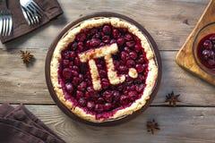 Pidag Cherry Pie royaltyfri bild